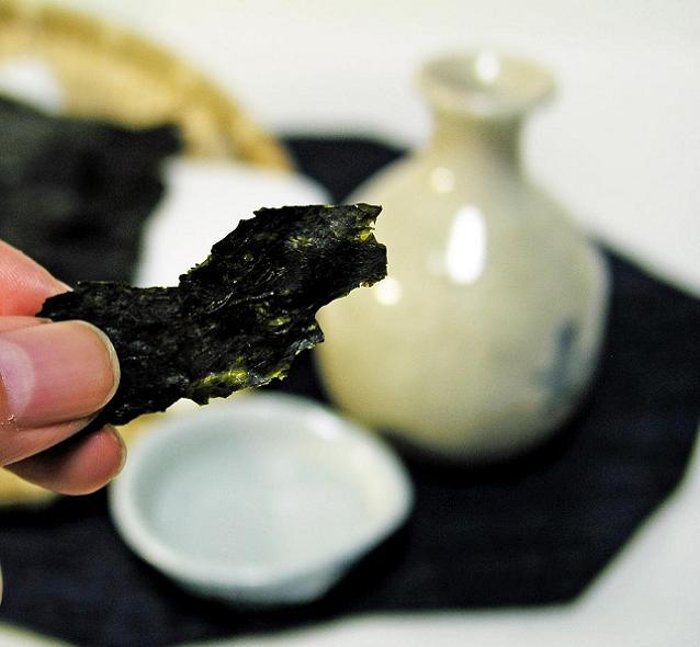 十六島岩のりは日本酒のおつまみに最高!